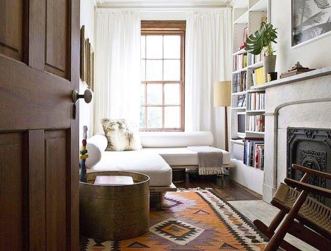 Best 10+ Narrow Family Room Ideas On Pinterest