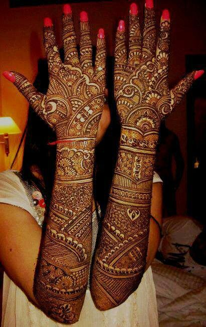 Bridal mehndi- so awesome! i wish this was possible for me but i think its too much: