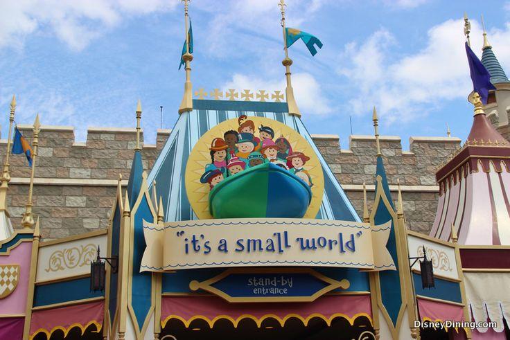 Its A Small World Stand By Entrance Fantasyland Magic