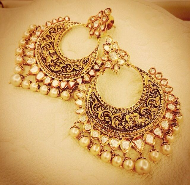 Gold and pearl hoop earrings. Indian fashion. Useful Wedding Gift