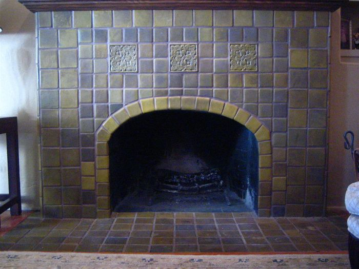 1000 Images About Bungalow Fireplaces On Pinterest Craftsman Fireplaces And Glazed Tiles
