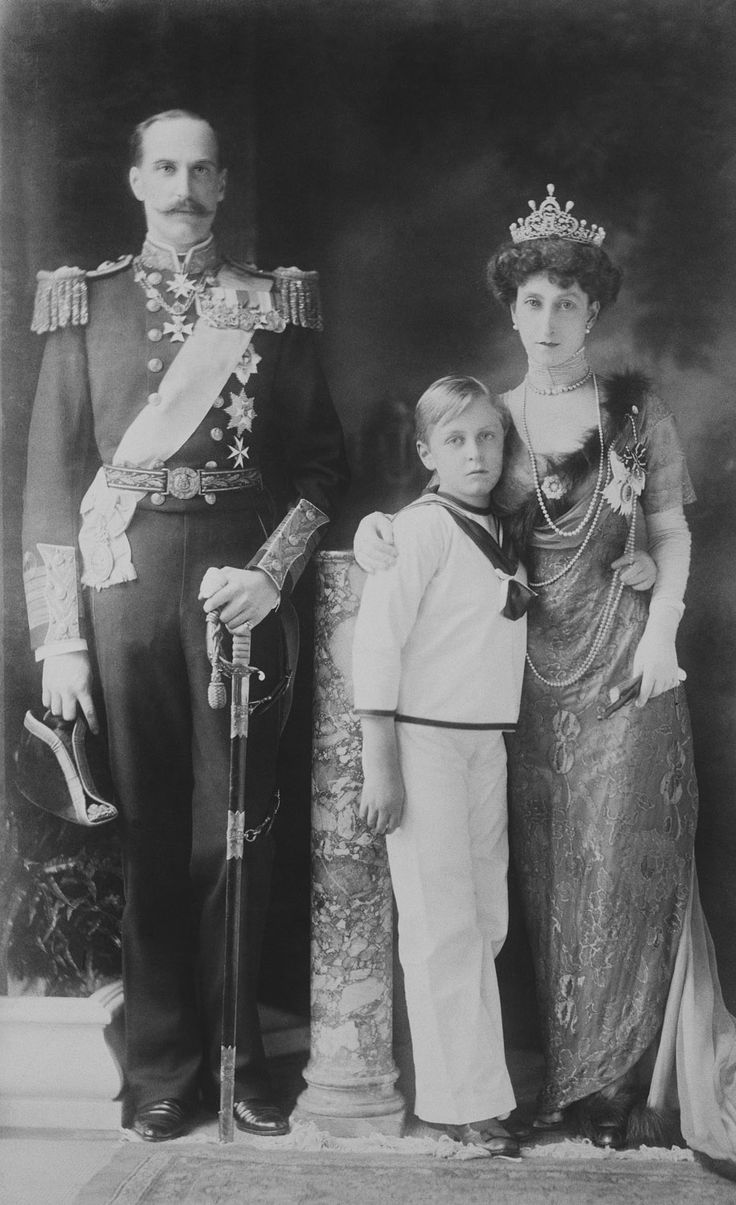 King Haakon VII, Queen Maud and Crown Prince Olav of