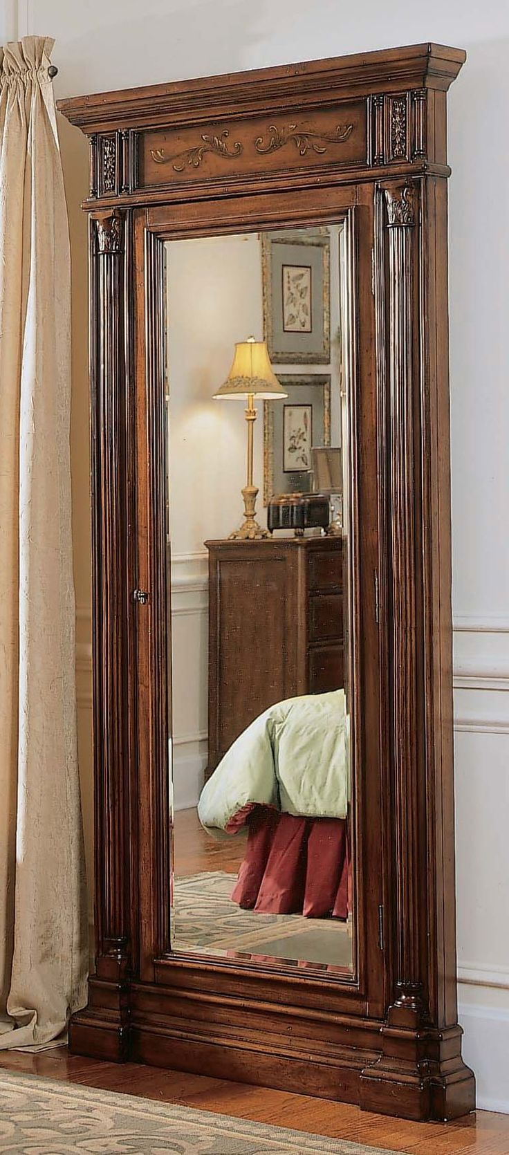 Seven Seas Jewelry Armoire With Mirror Hooker Furniture