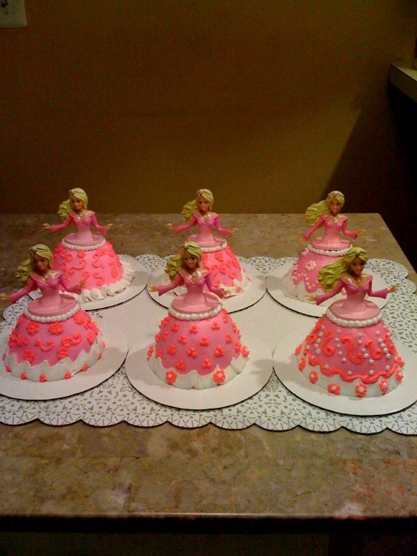 30 Best Images About Barbie Birthday Cakes On Pinterest