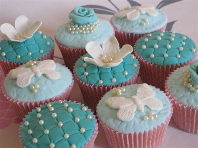 Tiffany Blue Cupcakes With Pearls Cupcakes Pinterest