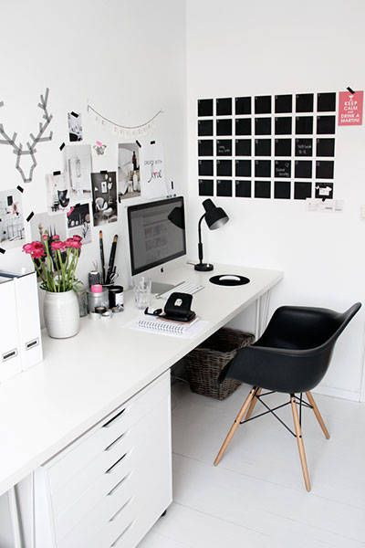 These chic desktops and home offices will inspire you to create the perfect workspace.: