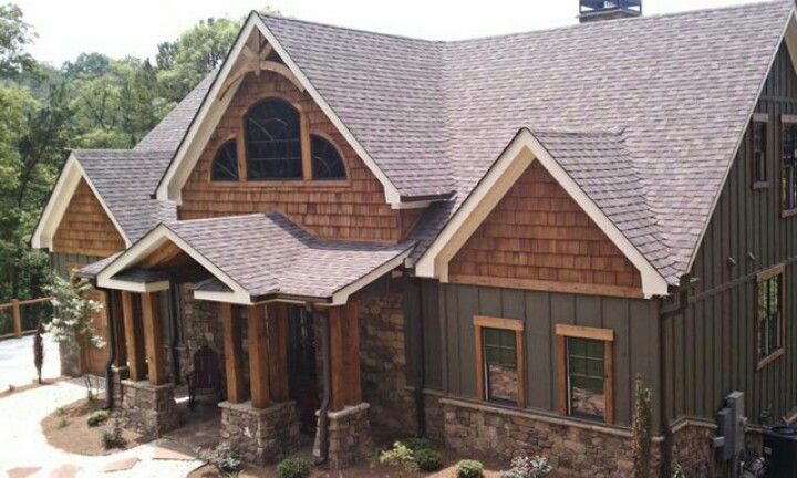 Craftsman Home With Board And Batten Siding Craftsman