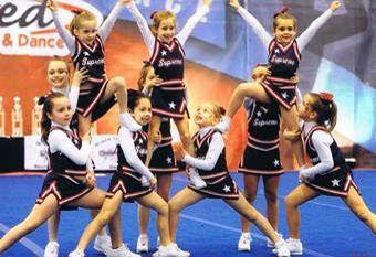 Pyramid for junior peewees | Cheerleading | Pinterest ...