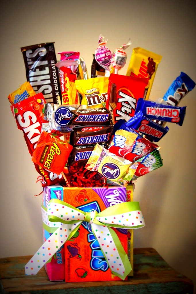 DIY Candy Bouquet Never Thought Of Using Boxes As The Vase So Clever Holiday Pinterest