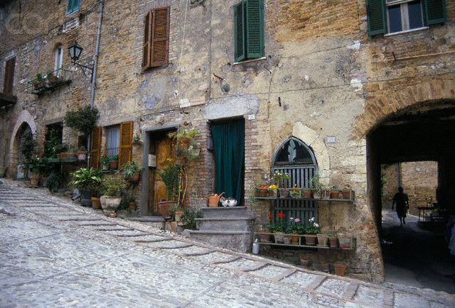 Cobblestone Streets In Italy Cobblestone Street In