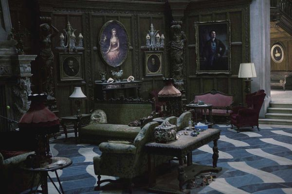29 Best Images About Movies Dark Shadows On Pinterest