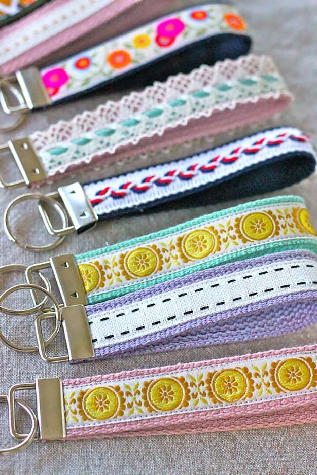 75 Brilliant Crafts to Make and Sell Teen kids and