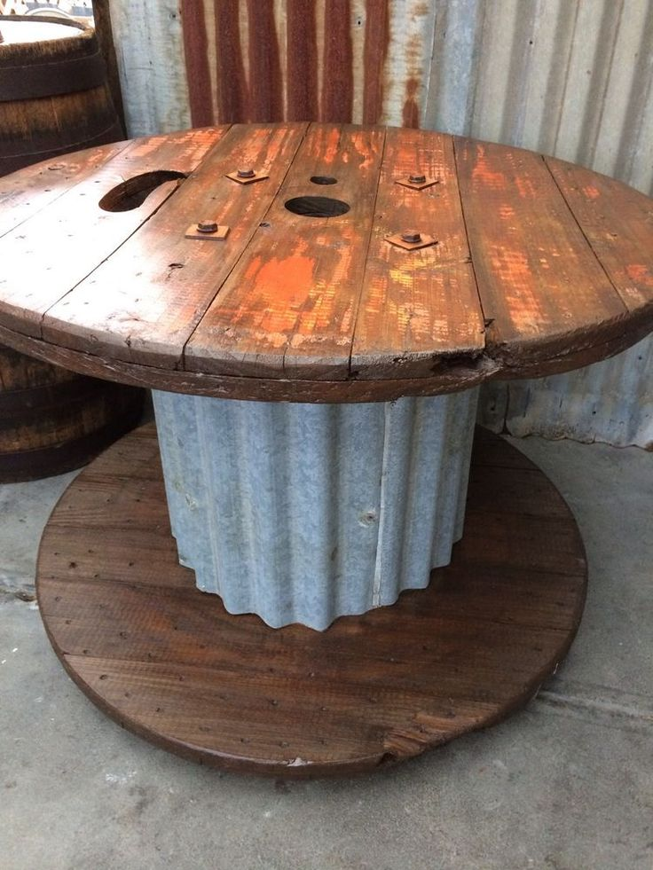 LRG RUSTIC INDUSTRIAL CAFE BAR BEER GARDEN COFFEE TABLE ON