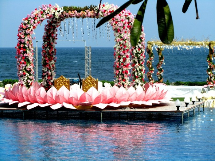 Floating mandap