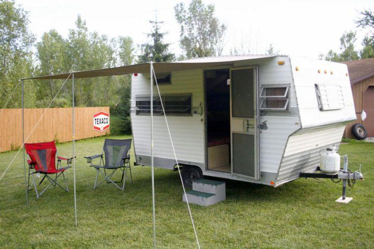 1971 Shasta 14 Vintage Camper Travel Trailer Light Weight 1400 LBS Easy Pull Vintage