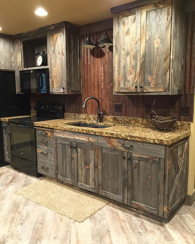 A little barnwood kitchen and corrugated steel