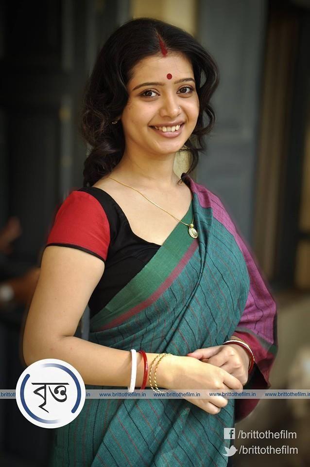 Ena Saha In Saree Veethi