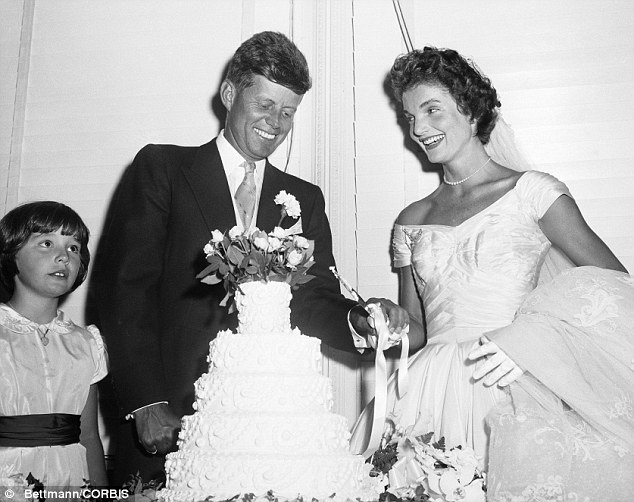 Jackie Kennedy's Wedding Dress Is The Star Of A Glamorous