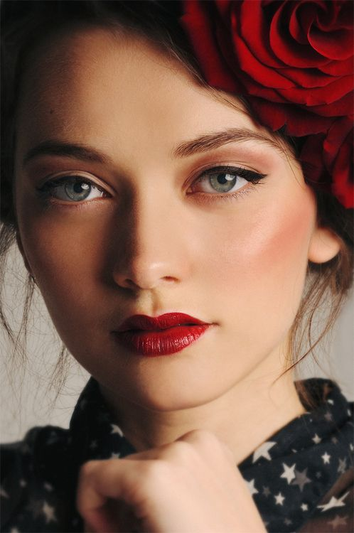 25 Best Ideas About Winged Eye On Pinterest How To Cat
