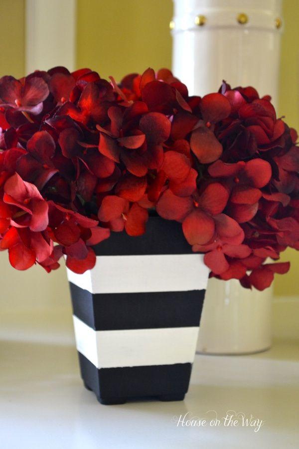Black & White Striped Planters – DIY