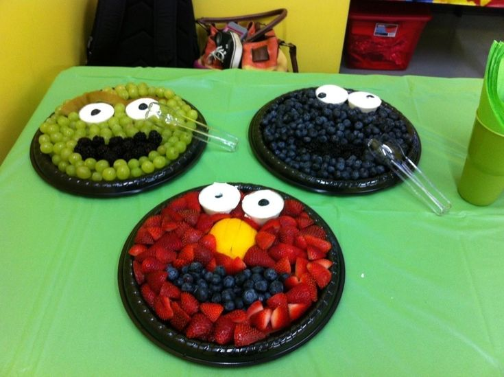 Oscar Elmo And Cookie Monster Fruit Trays Sesame Street