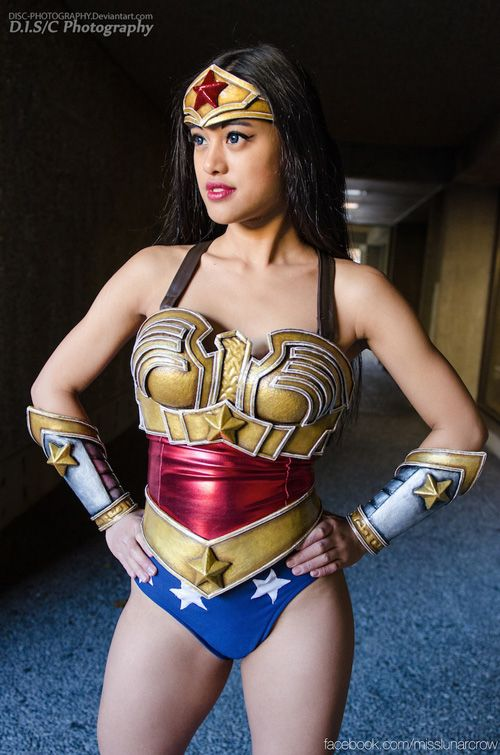 1000 Images About Wonder Woman Cosplays On Pinterest