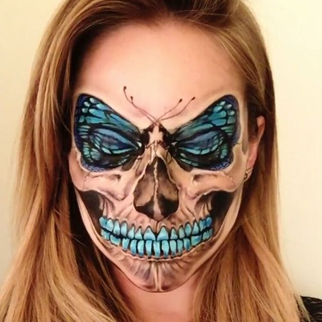 How insane is this skull butterfly makeup from the talented @the_wigs_and_makeup_manager!www.deadchick