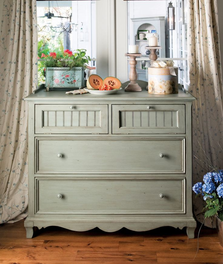 Universal Furniture Paula Deen Home Small Chest In