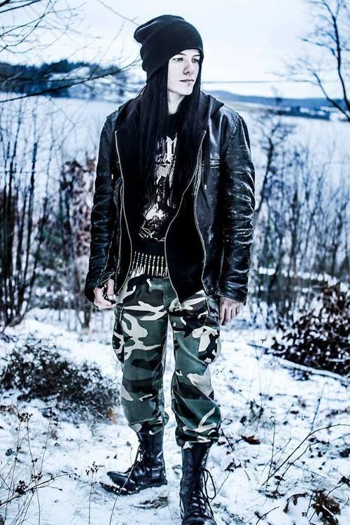 Top 25 Best Grunge Guys Ideas On Pinterest Grunge Boy
