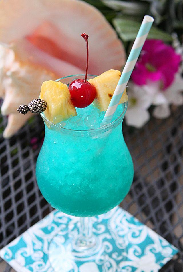 Blue Hawaii Cocktail {Coconut Rum, Blue Curaao, Pineapple Juice, & Sweet & Sour Mix}