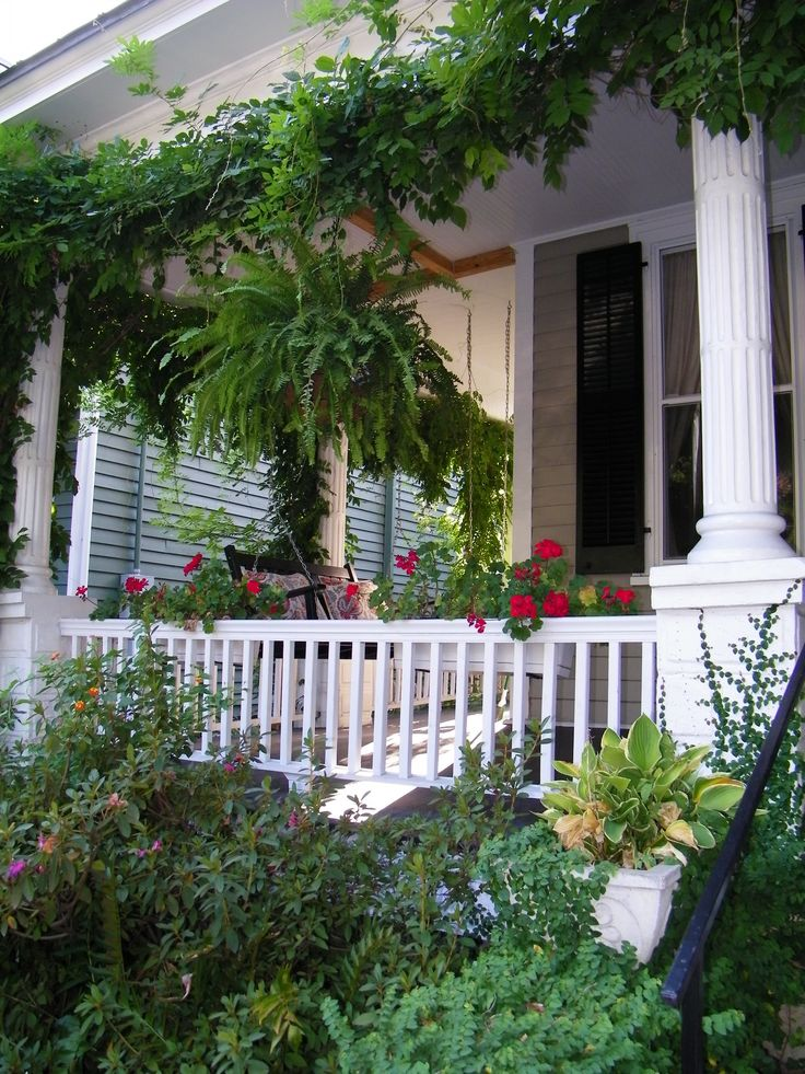 pictures of victorian porches. I want these columns on