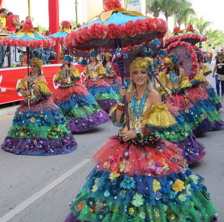 1000 Images About Carnaval Dominicano On Pinterest Seasons Colors And Carnivals