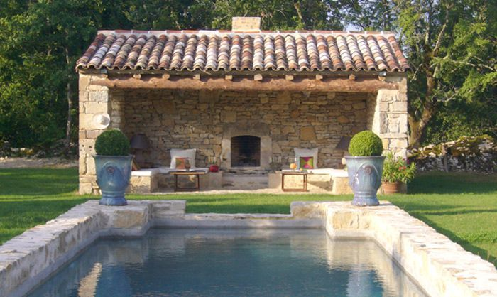 Lovely Pool House And Stone Edge Around Pool Outdoor