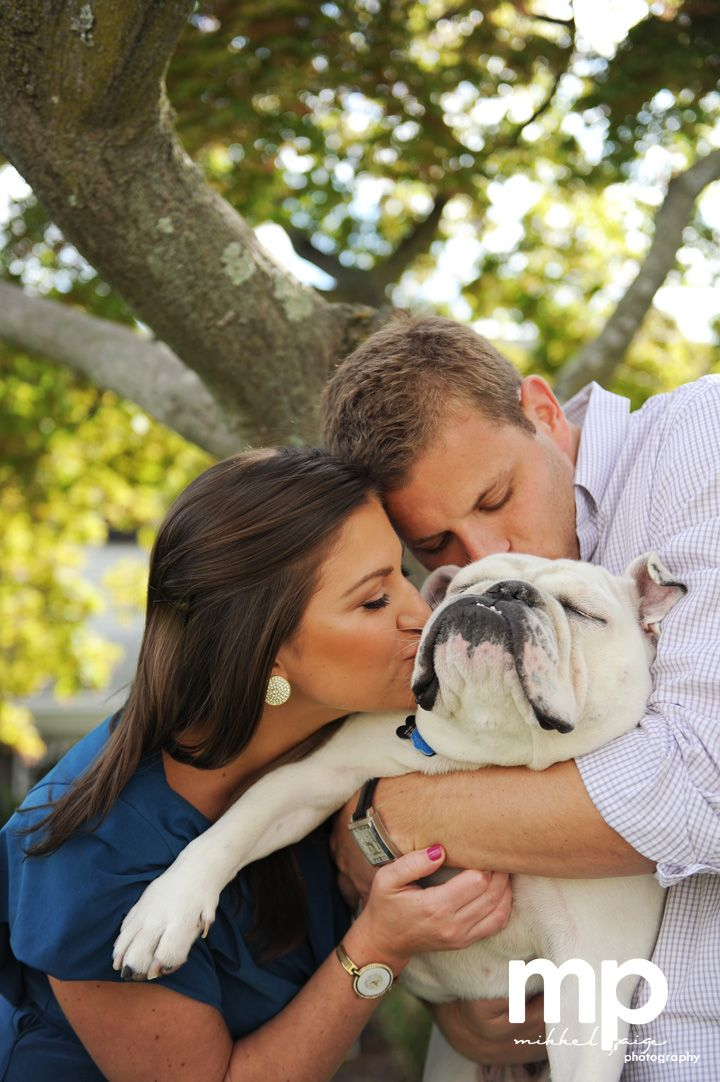 25 Best Ideas About Family Pictures Dog On Pinterest
