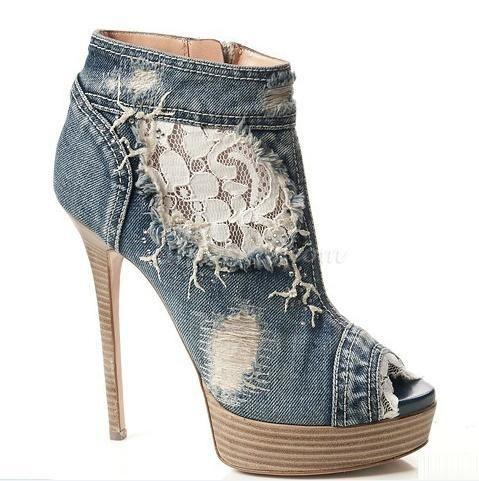 Fashionable Denim Peep-toe