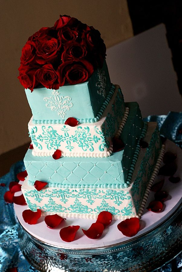tiffany blue and red wedding pictures   were Tiffany Blue and red. Im so happy we didnt incorporate the red