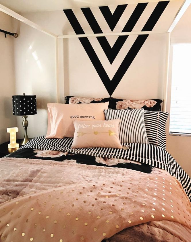S Room Black Gold And Pink Paint Feature Wall White Stripes Design With Arrows Soft Bed Of Roses I Love This