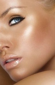 Risultati immagini per glow make up