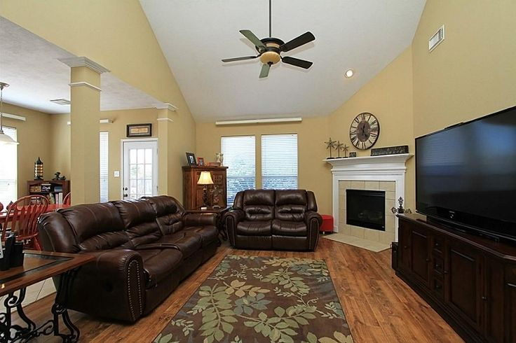 Corner Fireplace With Vaulted Ceiling Fireplaces