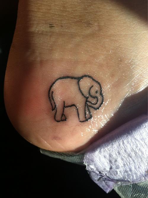 Heel foot elephant tattoo Me Pinterest Africa, Help