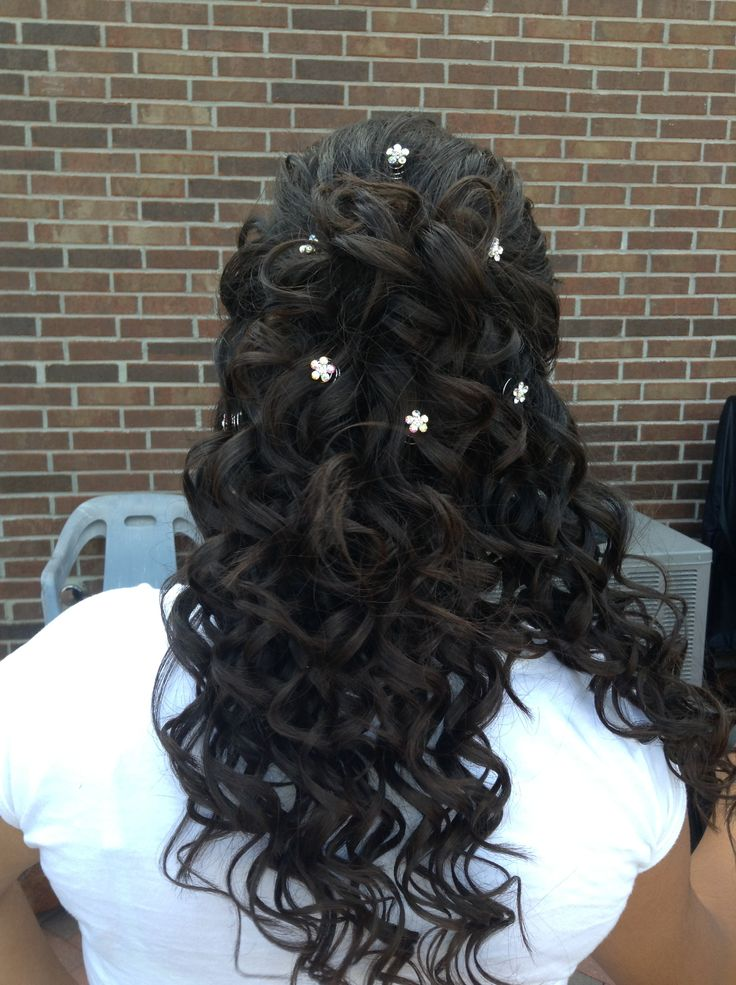 17 Best Images About Mis 15 Anos Hairstyles On Pinterest