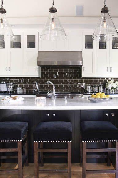 ARTICLE: How A Bold, Stylish Kitchen Backsplash Can Make A Stunning Artistic Statement: