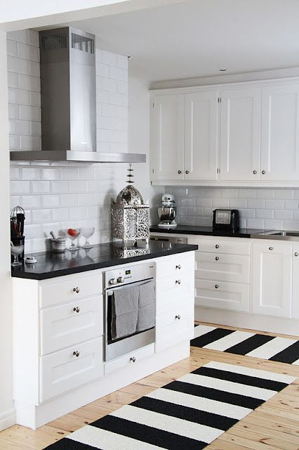 The 25 Best Black White Kitchens Ideas On Pinterest