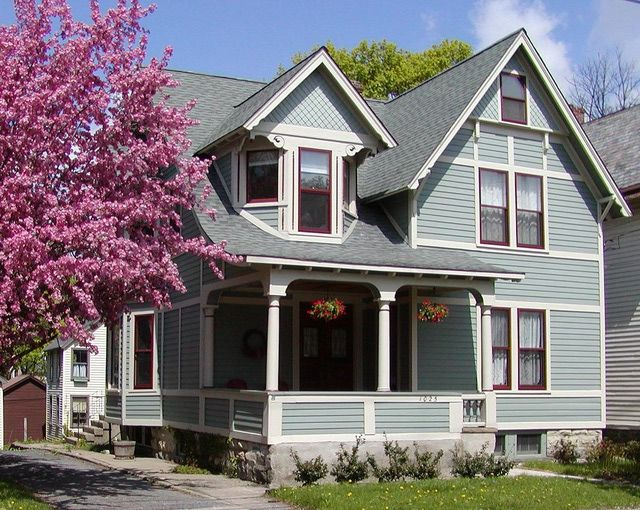 House Paint Colors A Guide To Great Combinations Roof