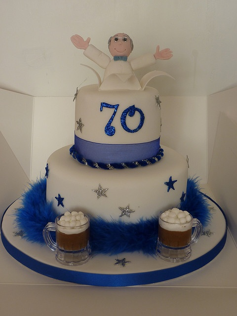 118 Best Images About Cakes 70th Birthday On Pinterest