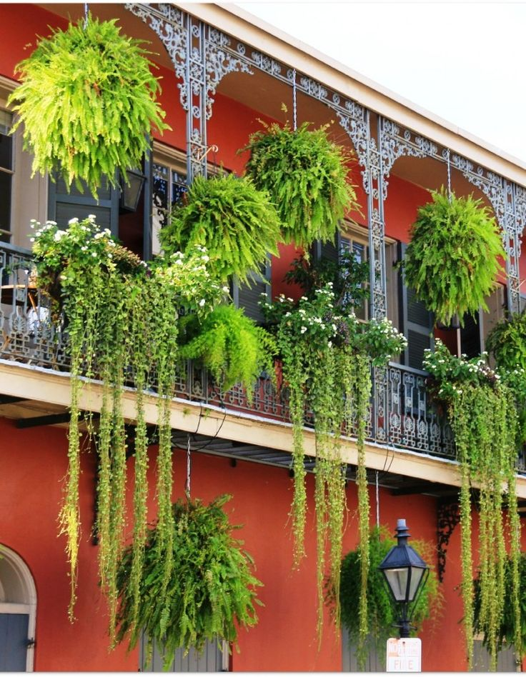 6 Beautifully Decorated Balconies http