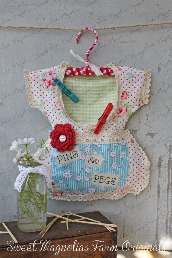 """Clothespin Bag Vintage Style Dress """"Pins & Pegs"""" Crochet"""