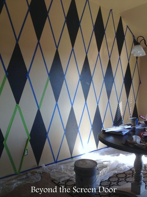 How To Paint A Harlequin Diamond Wall Beyond The Screen