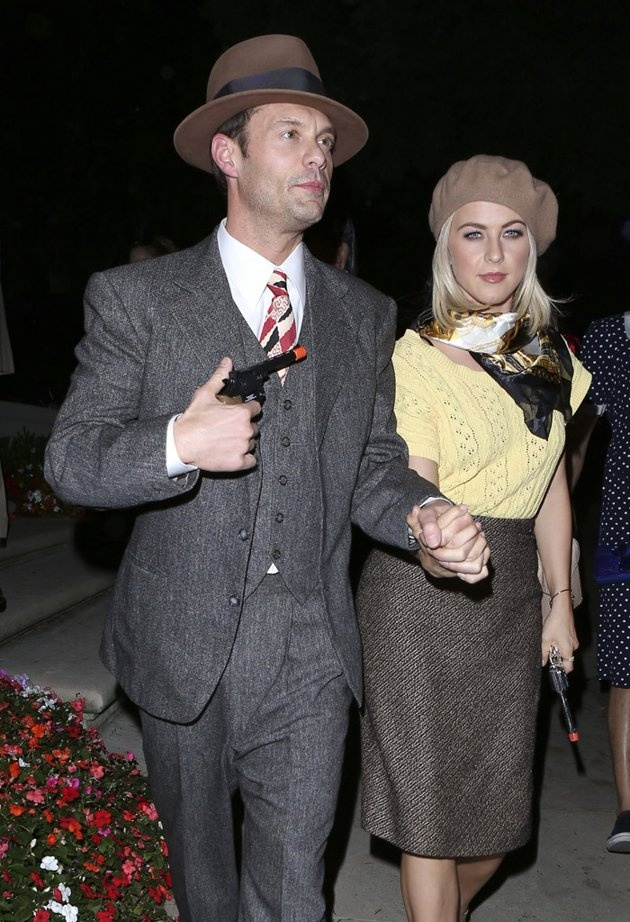Halloween Costume Idea Ryan Seacrest, Julianne Hough as