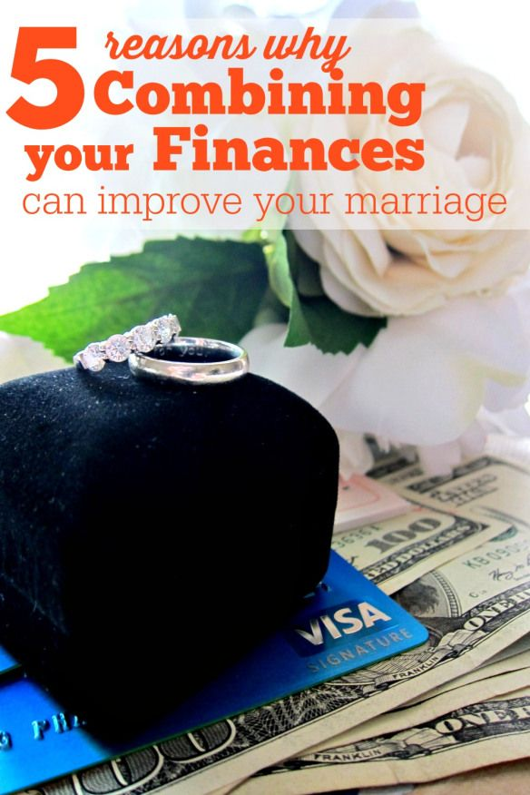 Should You Combine Finances After Marriage